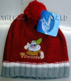 HAT with Pom poms DISNEY 7 Dwa