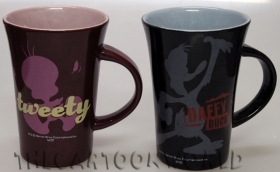 2 CERAMIC MUGS DISNEY LOONEY TUNES - TITTI and DAFFY DUCK