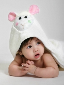 TOWEL Bathrobe BABY hooded LOLA The LAMB